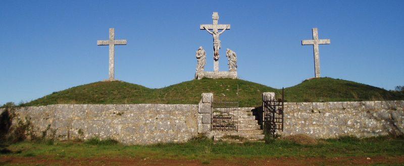 Križevi krajputaši, raspela i kapelice javna su znamenja vjere u Hrvata