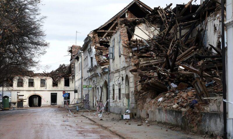 Hrvatska Vlada se ne drži Zakona , ne samo što su kasnili reagirati, već nisu reagirali po protokolu iz Zakona o zaštiti i spašavanju!